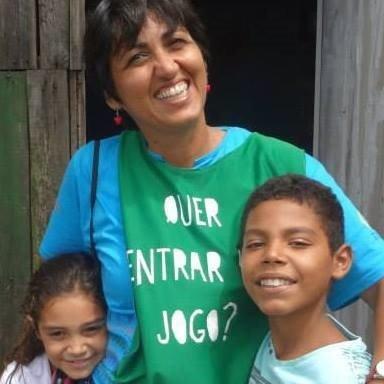 Simone Batista é uma GSA com Doutorado em Educação